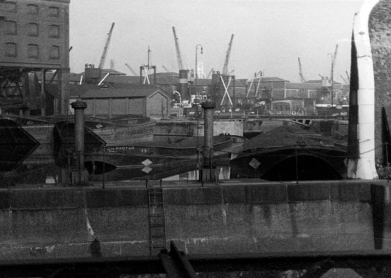 St Katherine Dock-78PNG