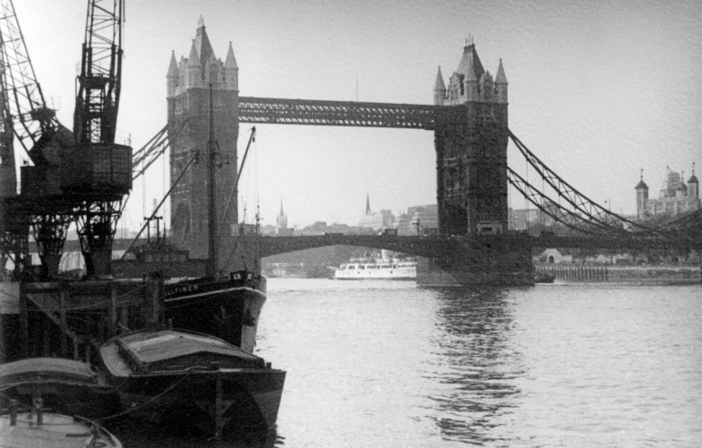 Tower Bridge,1- 76PNG_edited-1